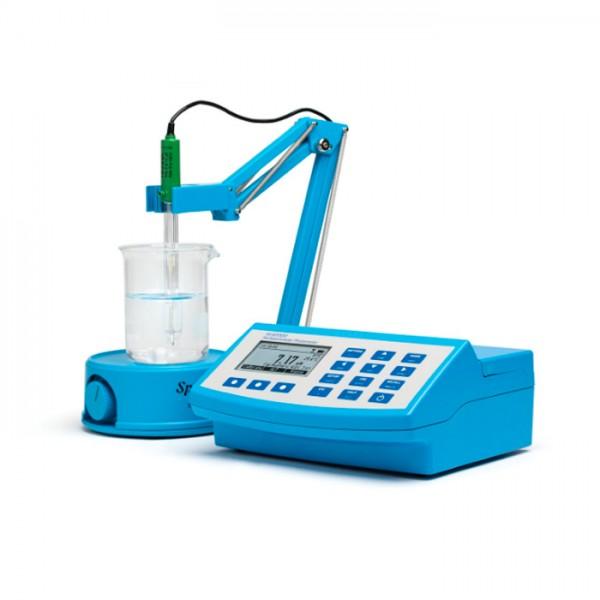 Multiparámetro de Aguas Residuales (con COD) Fotómetro de mesa y pH-metro HI83314-01 Hanna
